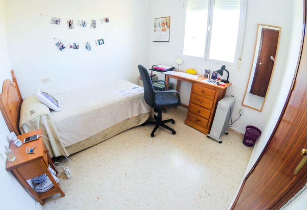 habitación apartamentos universitarios cáceres